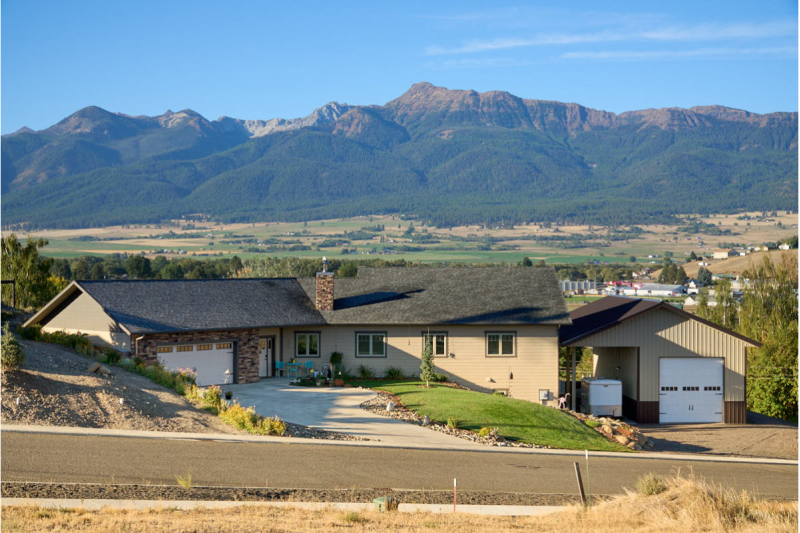 Incredible Views from this Expansive Home and Lot!